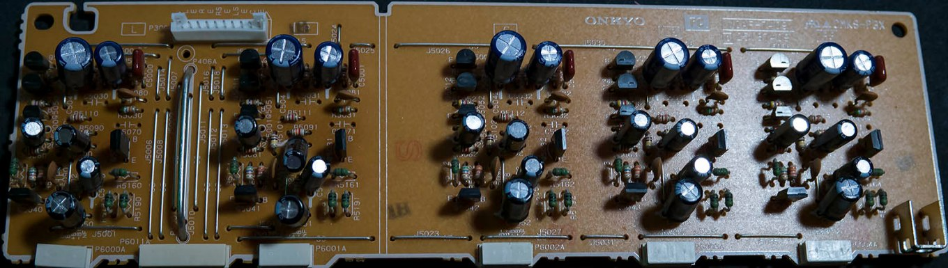 Onkyo 6Ch PreAmp AVR_Pull_Pic2Smallest