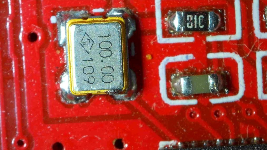 Play v1_6 100 MHz Oscillator
