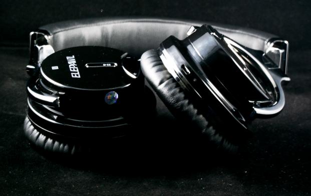 EP6 Headphones Pic 4